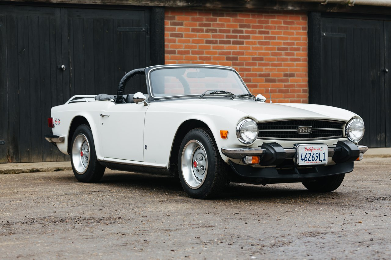 triumph tr6 specifications of images
